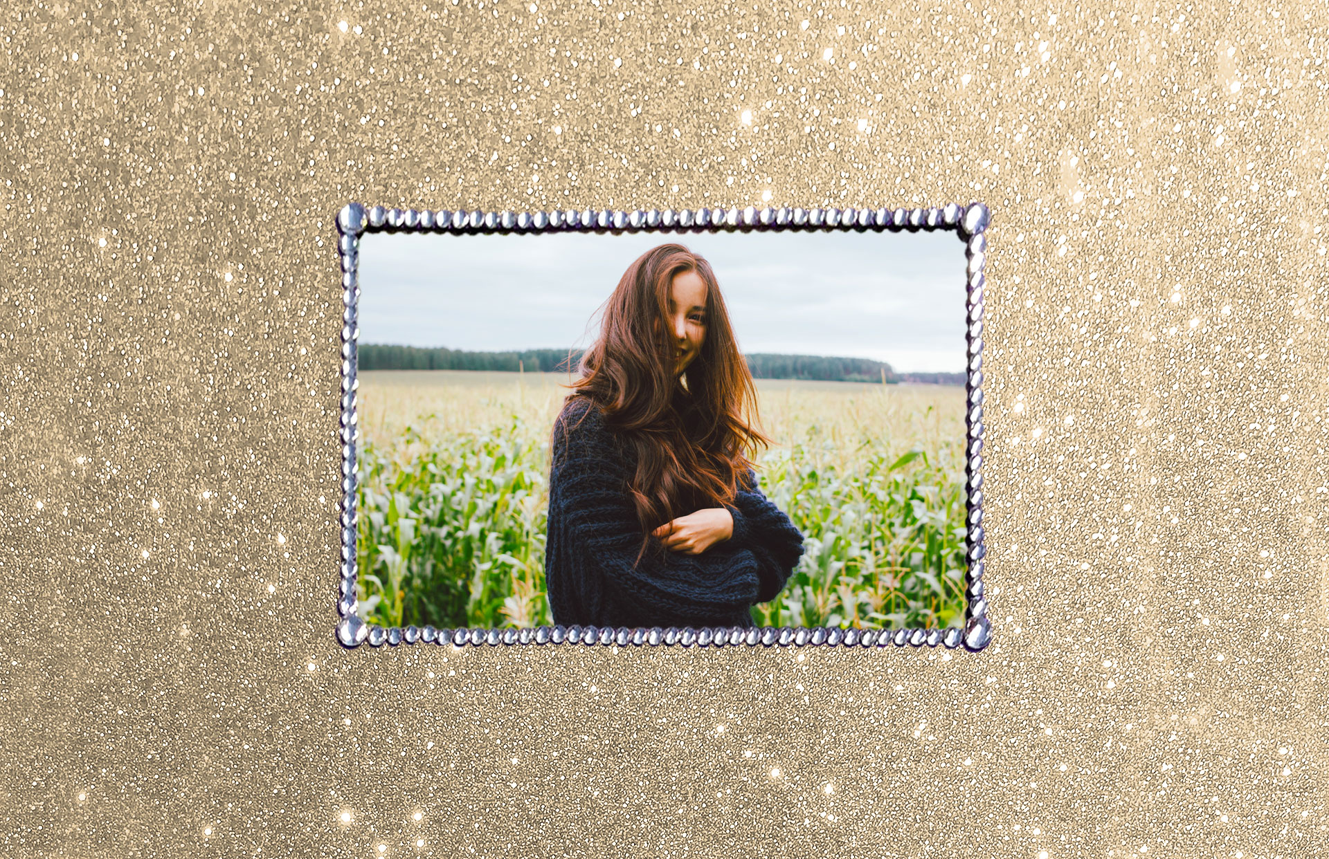 Personalised picture decorated with crystals